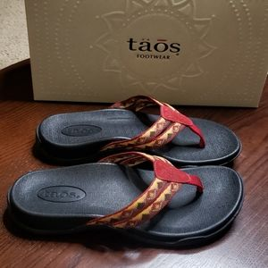 Taos Primo Sandals Sz 6 Womens Red Black Shoes